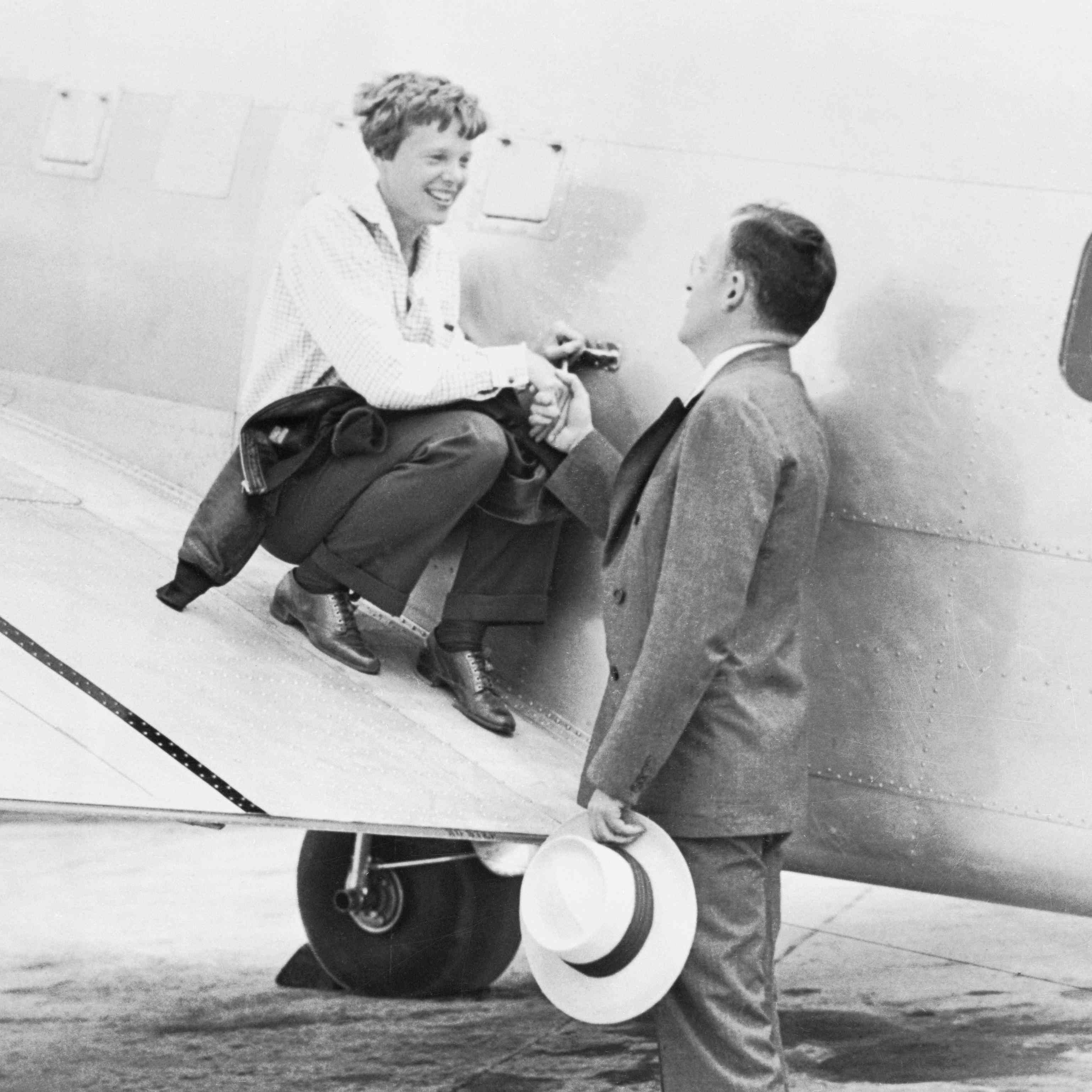 Amelia Earhart's Prenup Is Proof That She Was The Ultimate