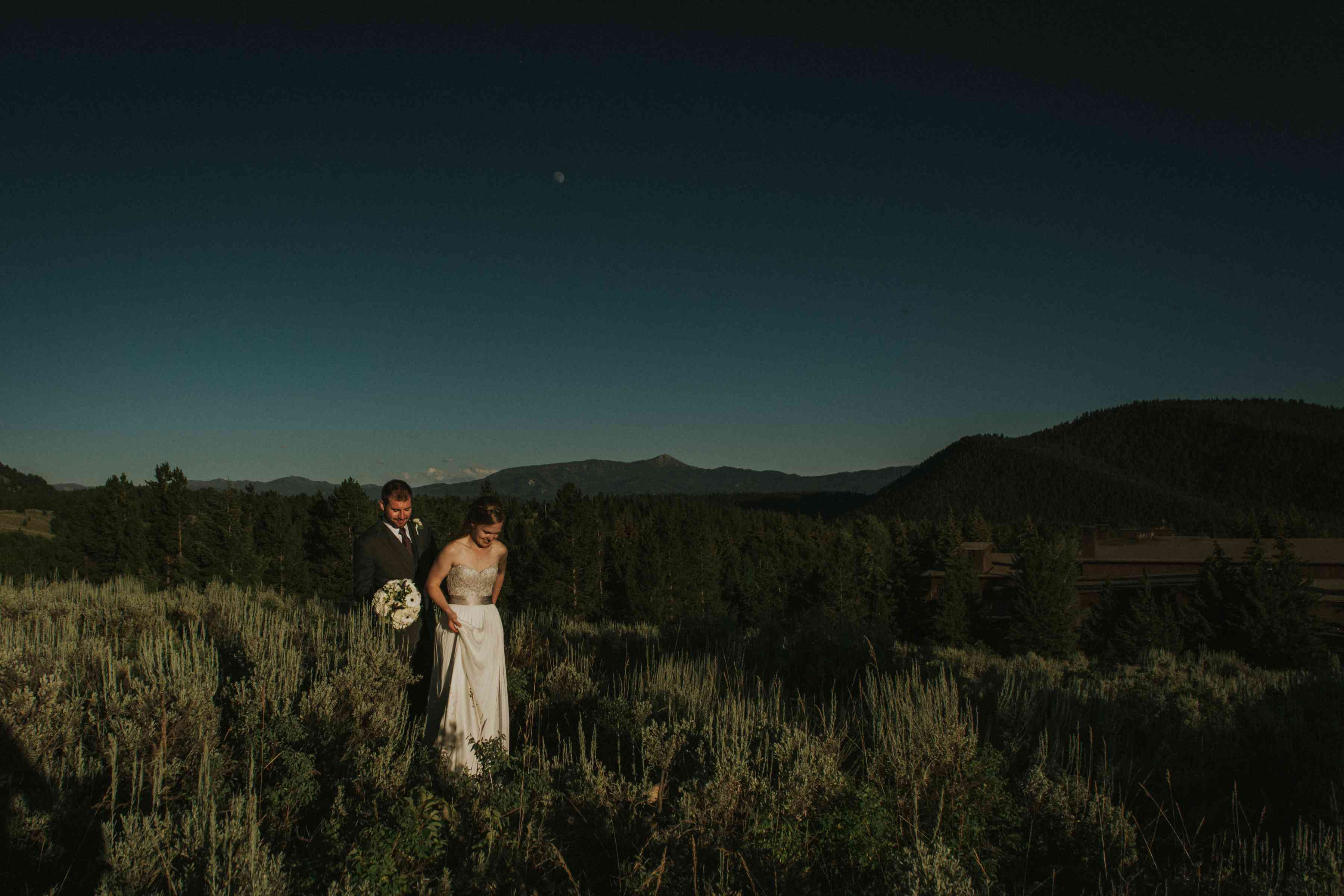 <p>Wedding photo at the Grand Tetons in Wyoming</p>