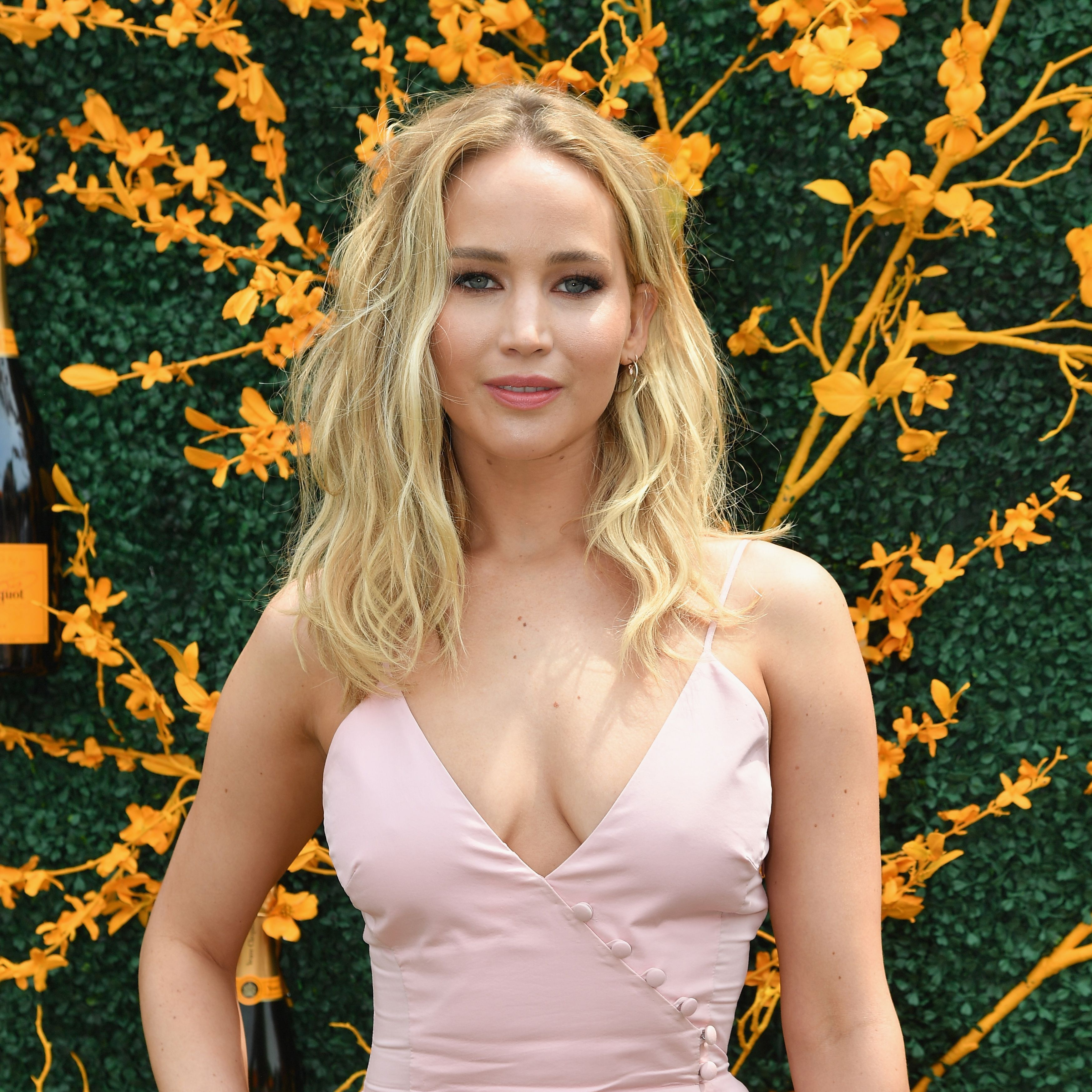 Everything We Know About Jennifer Lawrence S Rhode Island Wedding,Outdoor Wedding Summer Wedding Guest Dresses 2018