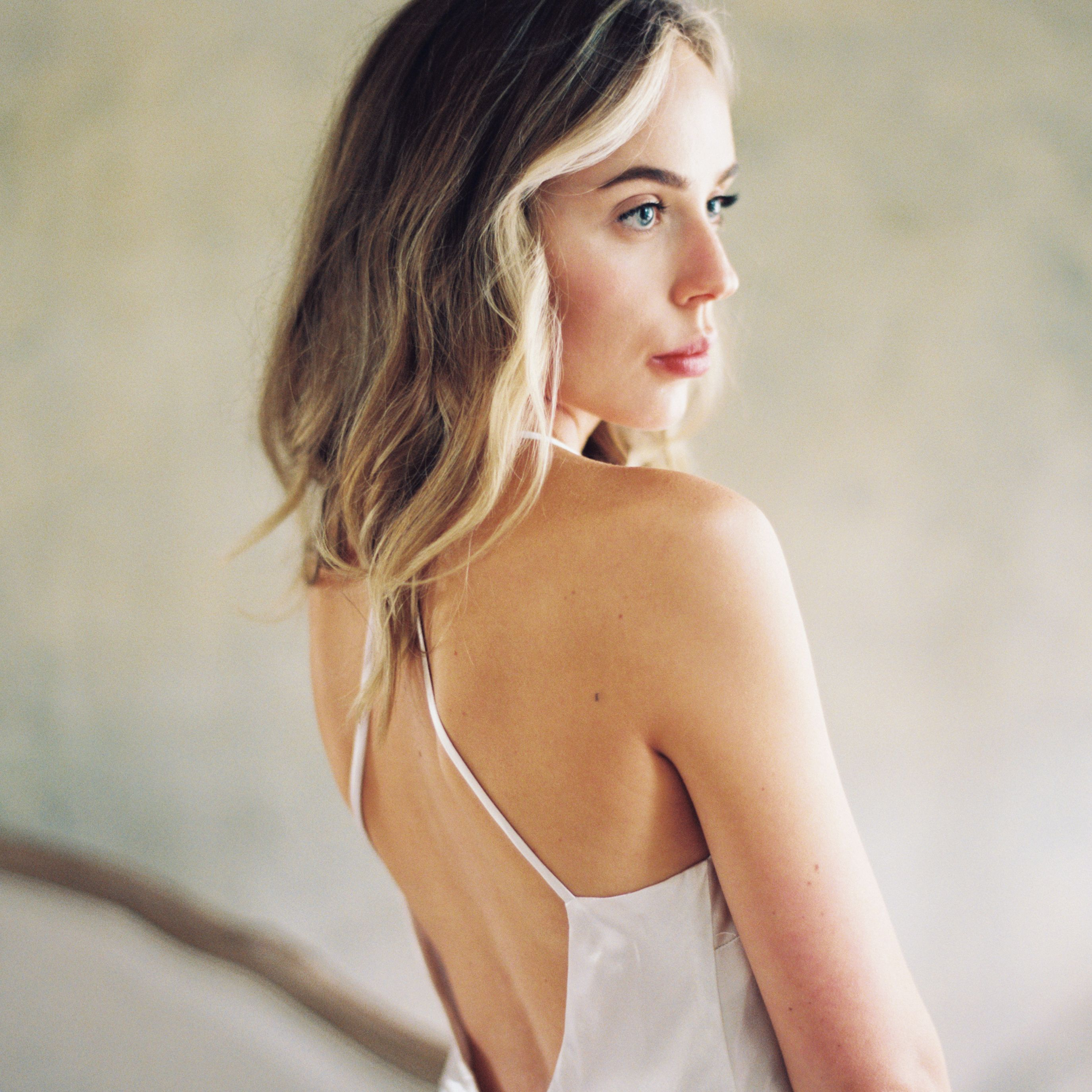 41 Wedding Hairstyles For Medium Length Hair
