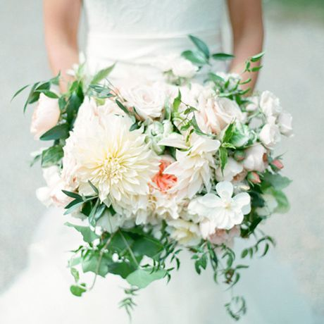 Loose bouquet with greenery