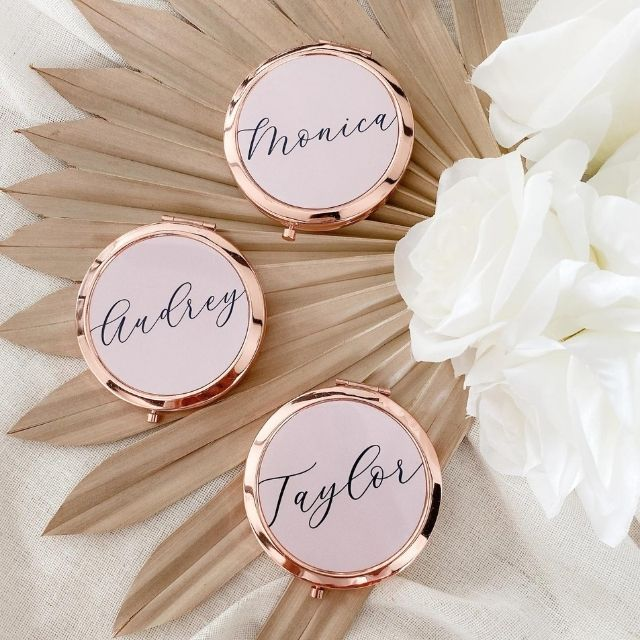 ModParty Personalized Floral Compact