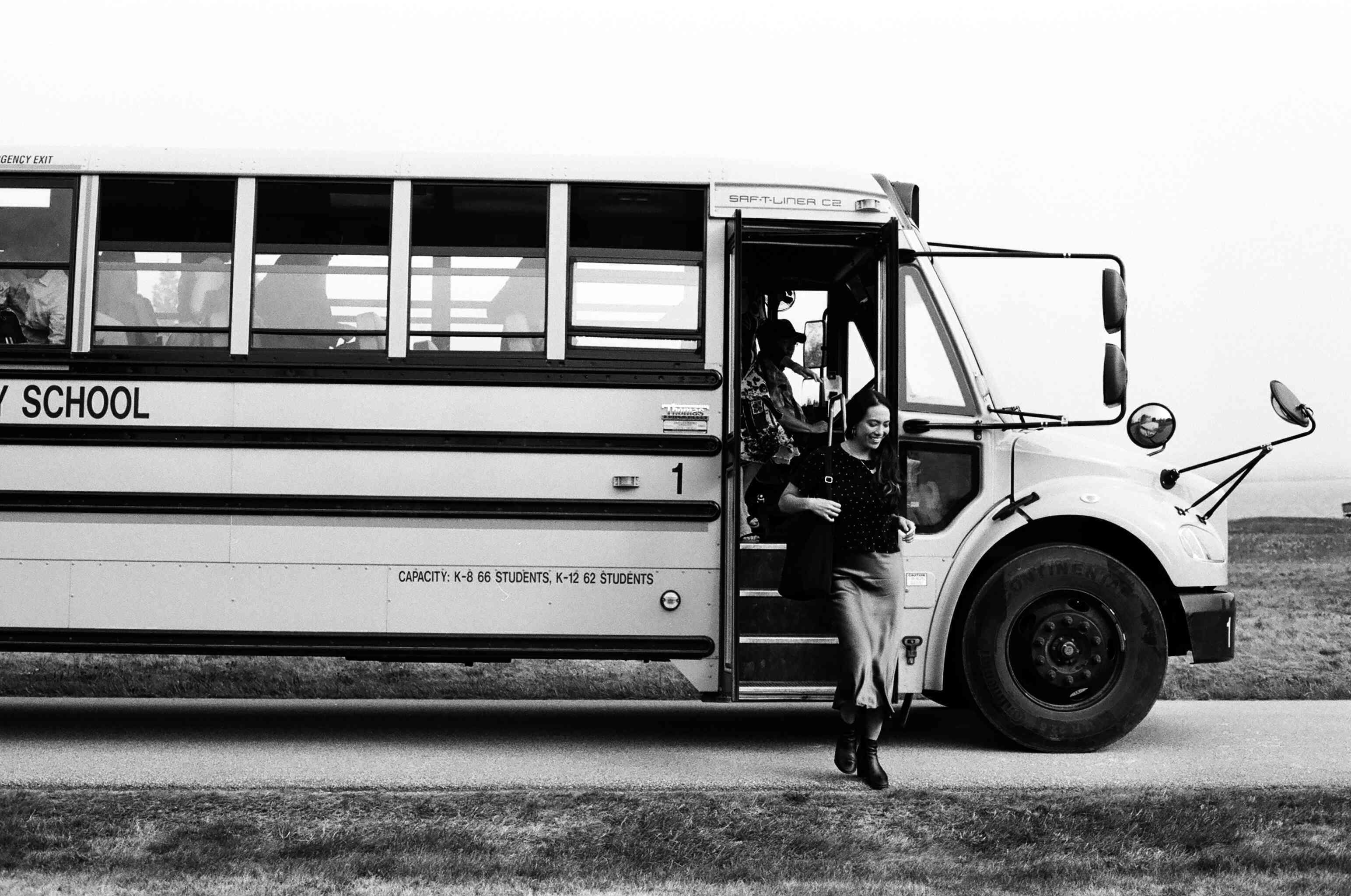 <p>bus wedding transportation</p><br><br>