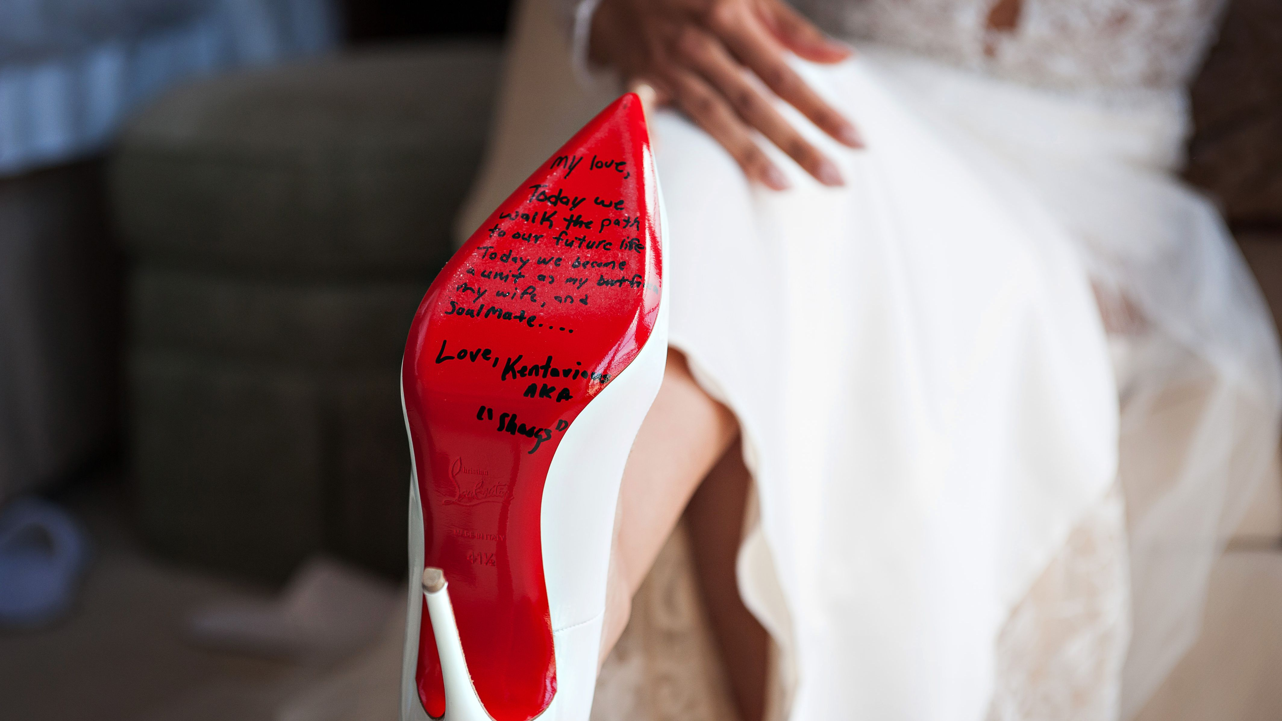 5 Ways To Customize Your Wedding Shoes