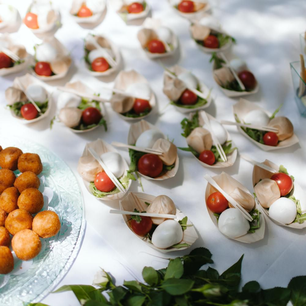 Finger Food Wedding Reception Menus: 6 Wedding Food Ideas & Reception Meal Styles To Consider