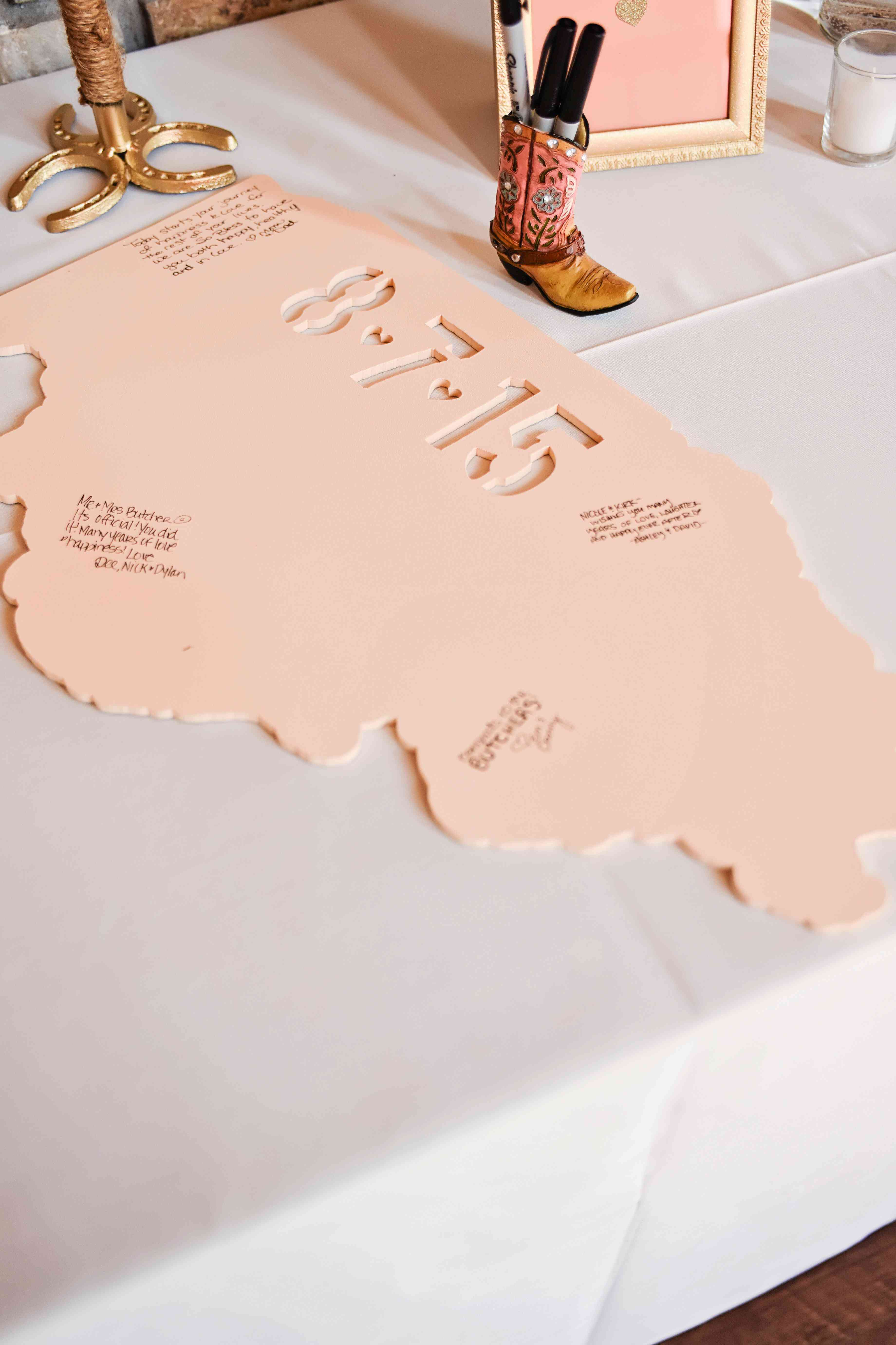 State map as wedding guest book