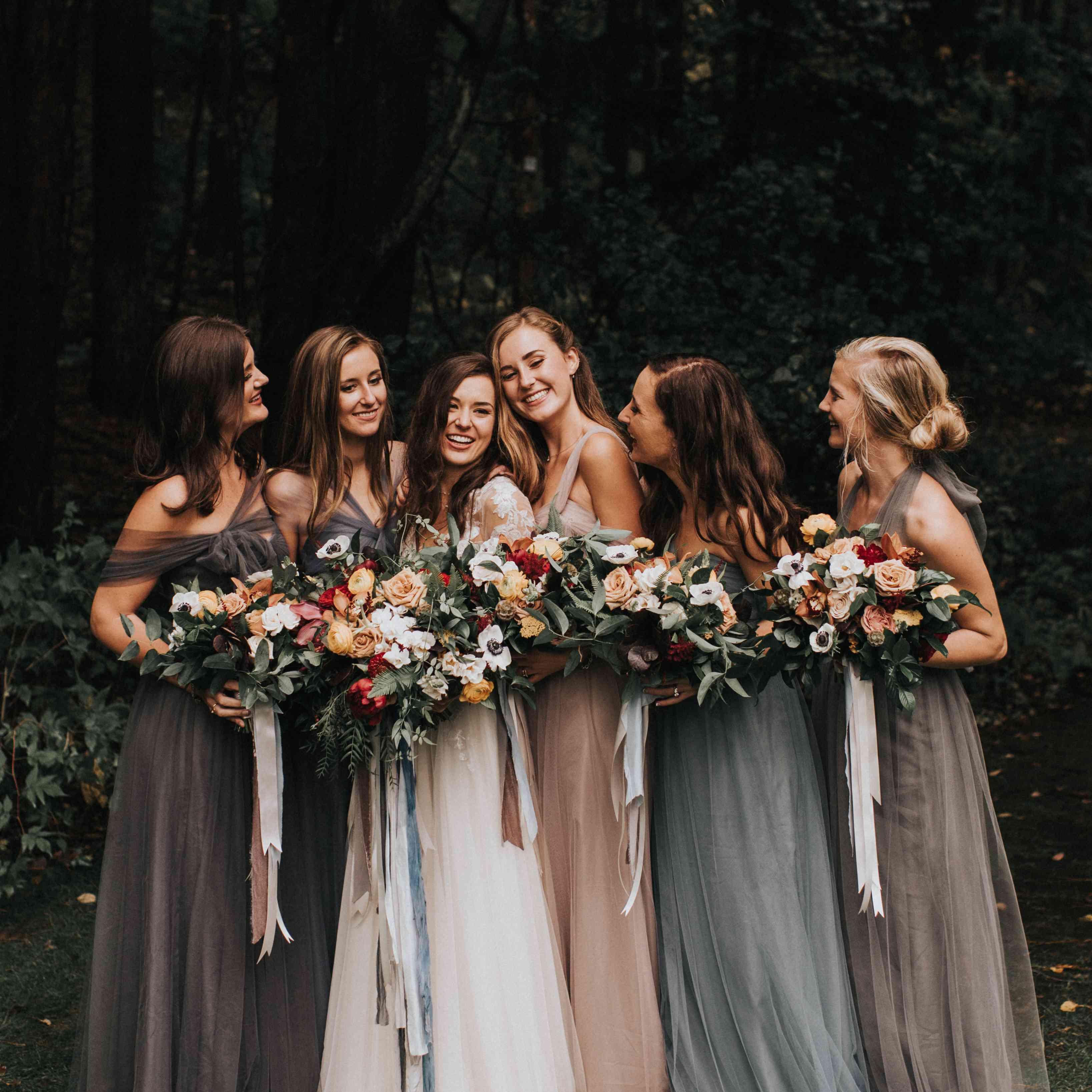 personalized michigan wedding, bride with bridesmaids