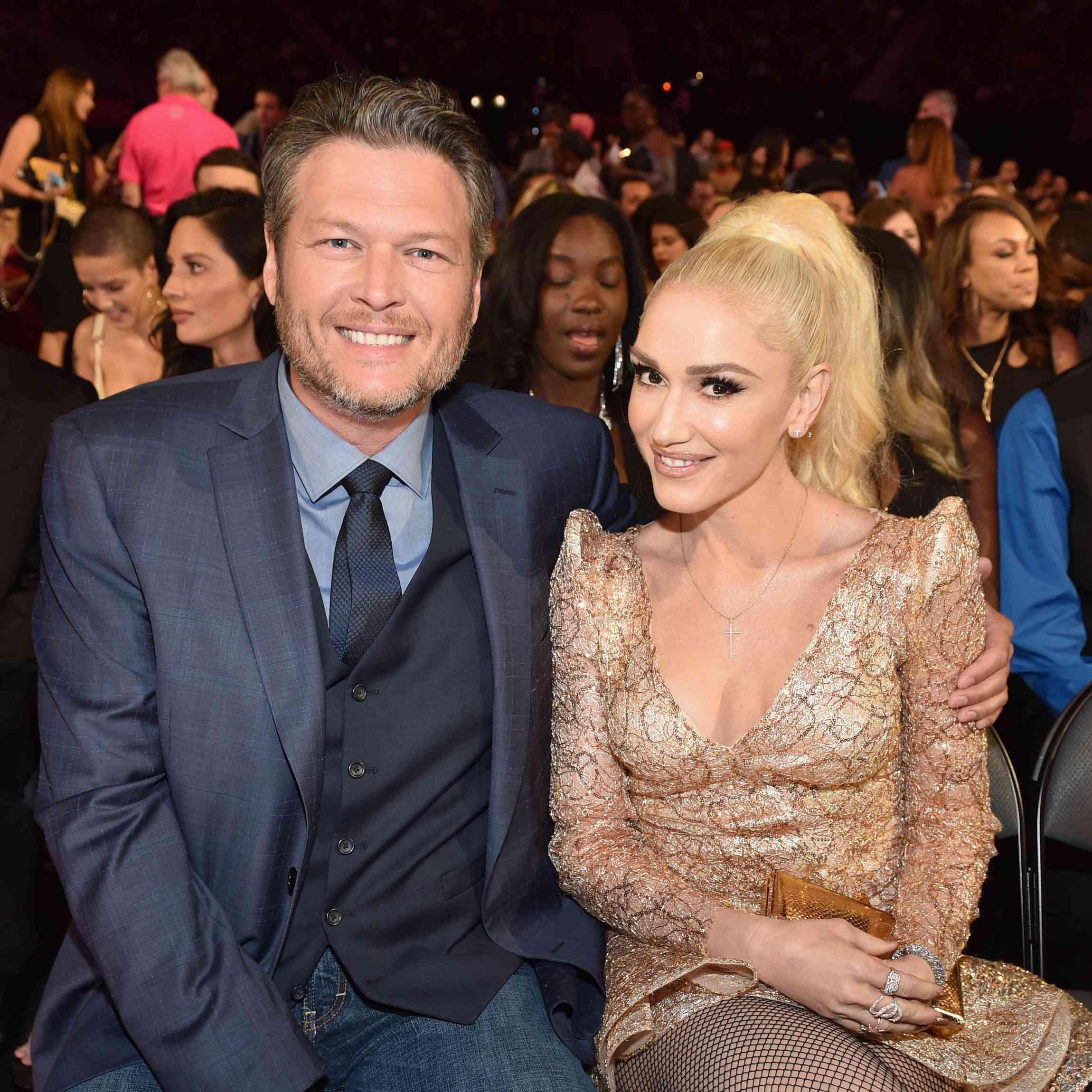 Blake Shelton And Gwen Stefani Wedding: Gwen Stefani And Blake Shelton Danced To Hollaback Girl At