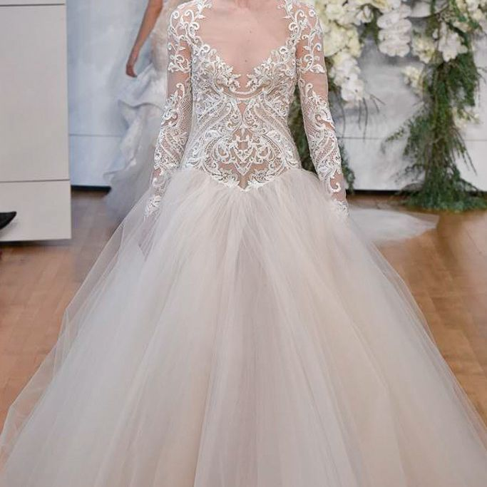 56 Wedding Dresses With Stunning Statement Sleeves