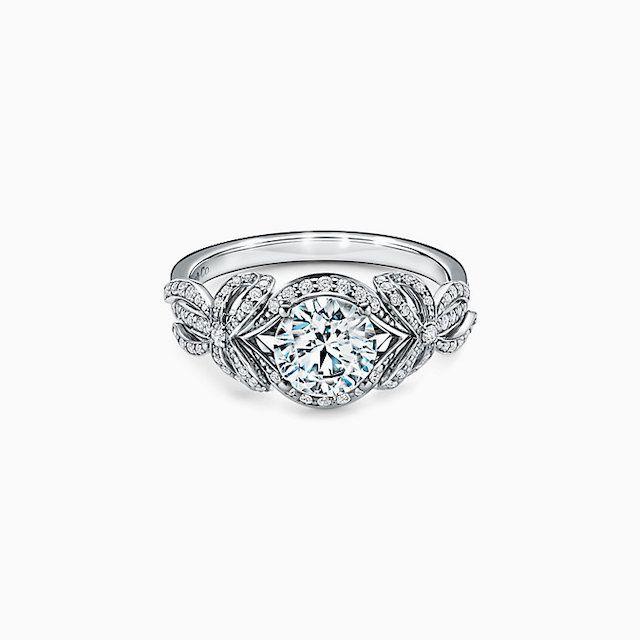 Tiffany Bow Ribbon Engagement Ring in Platinum