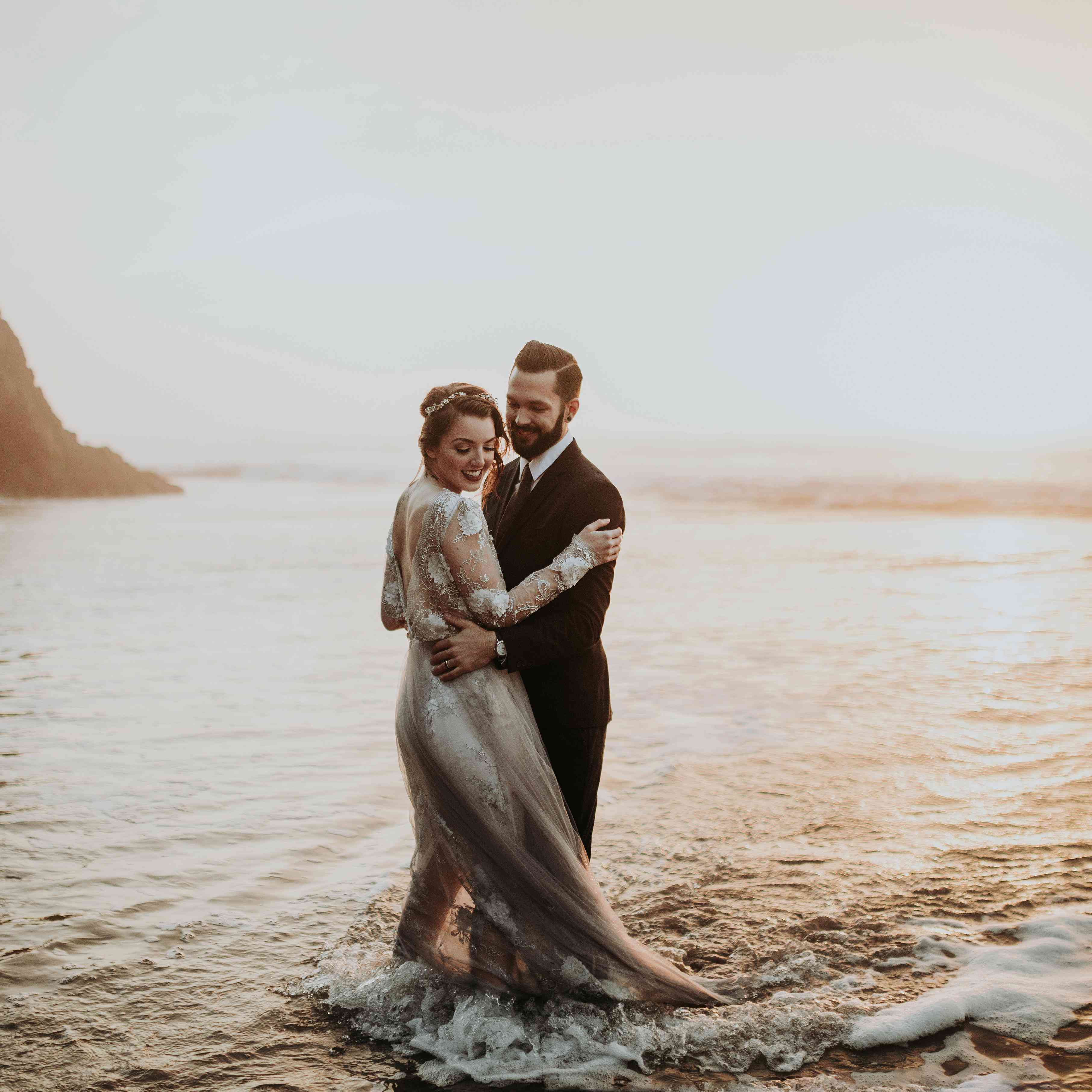 Sunset Beach Wedding Ideas: 25 Sweet Seaside Photos That Will Convince You To Have A