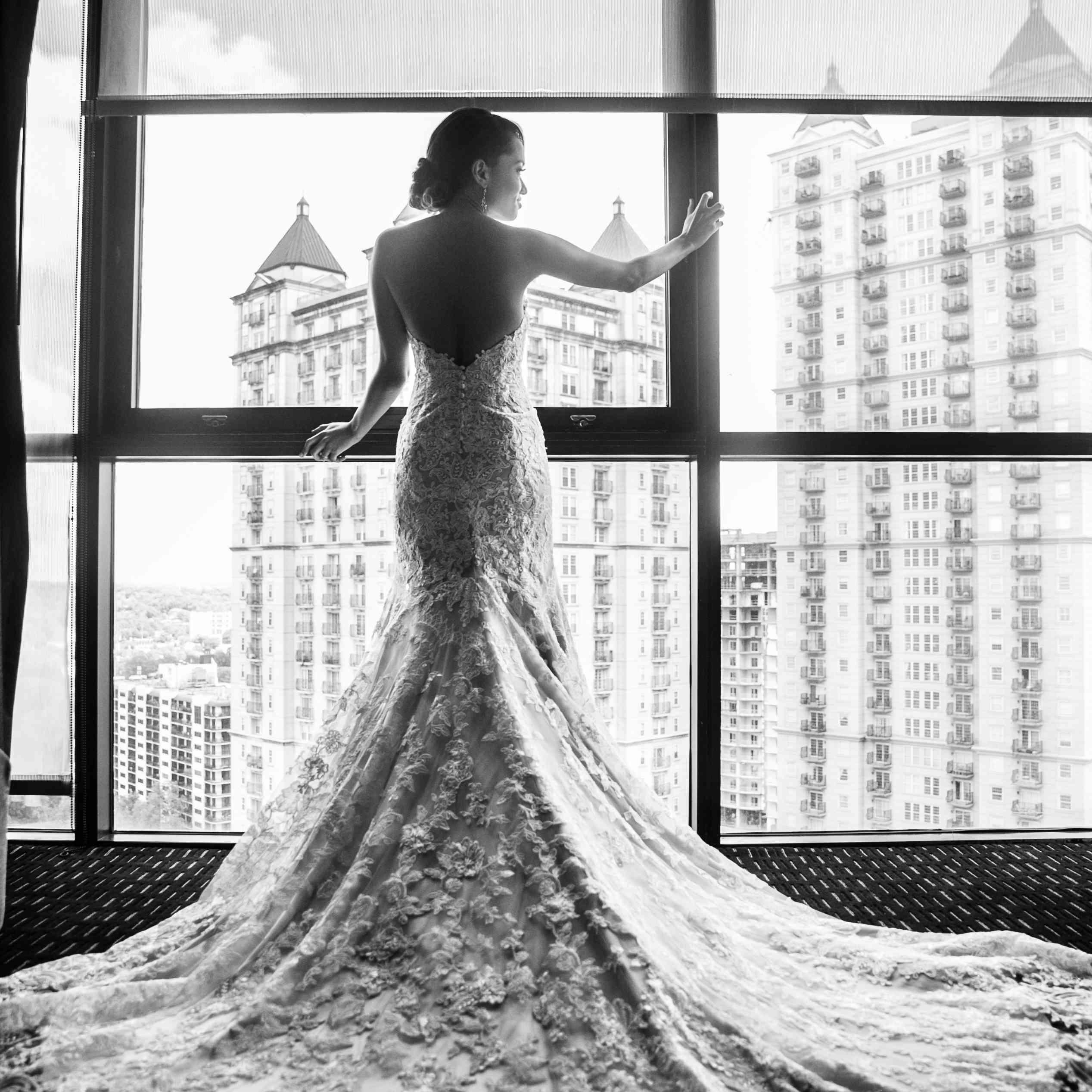 <p>Bridal Portrait at Hotel</p><br><br>