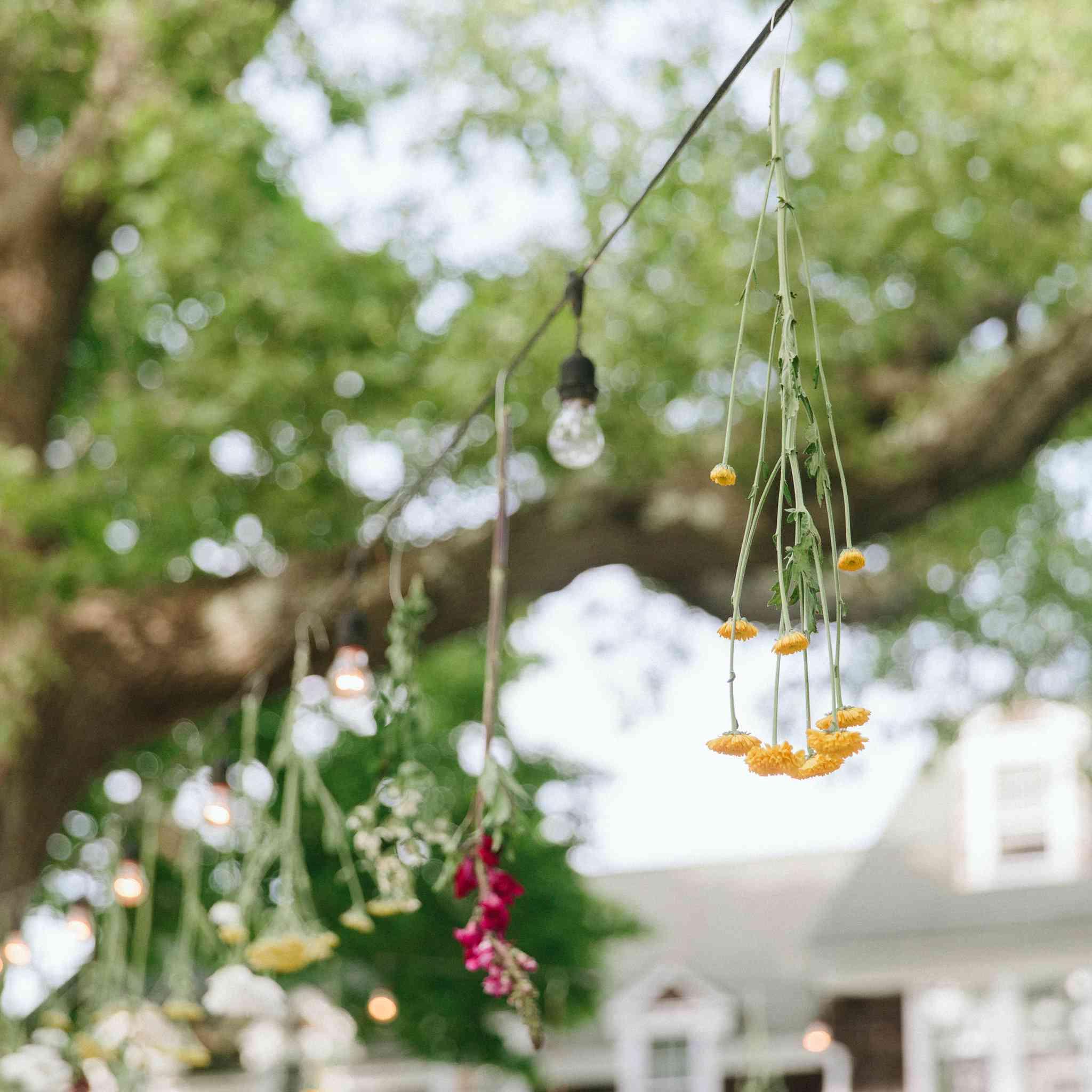 How to Preserve Your Wedding Bouquet: 6 Bloom-Saving Methods