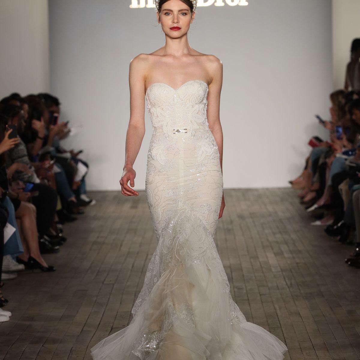 Model in crochet lace Inbal Dror VIP wedding dress