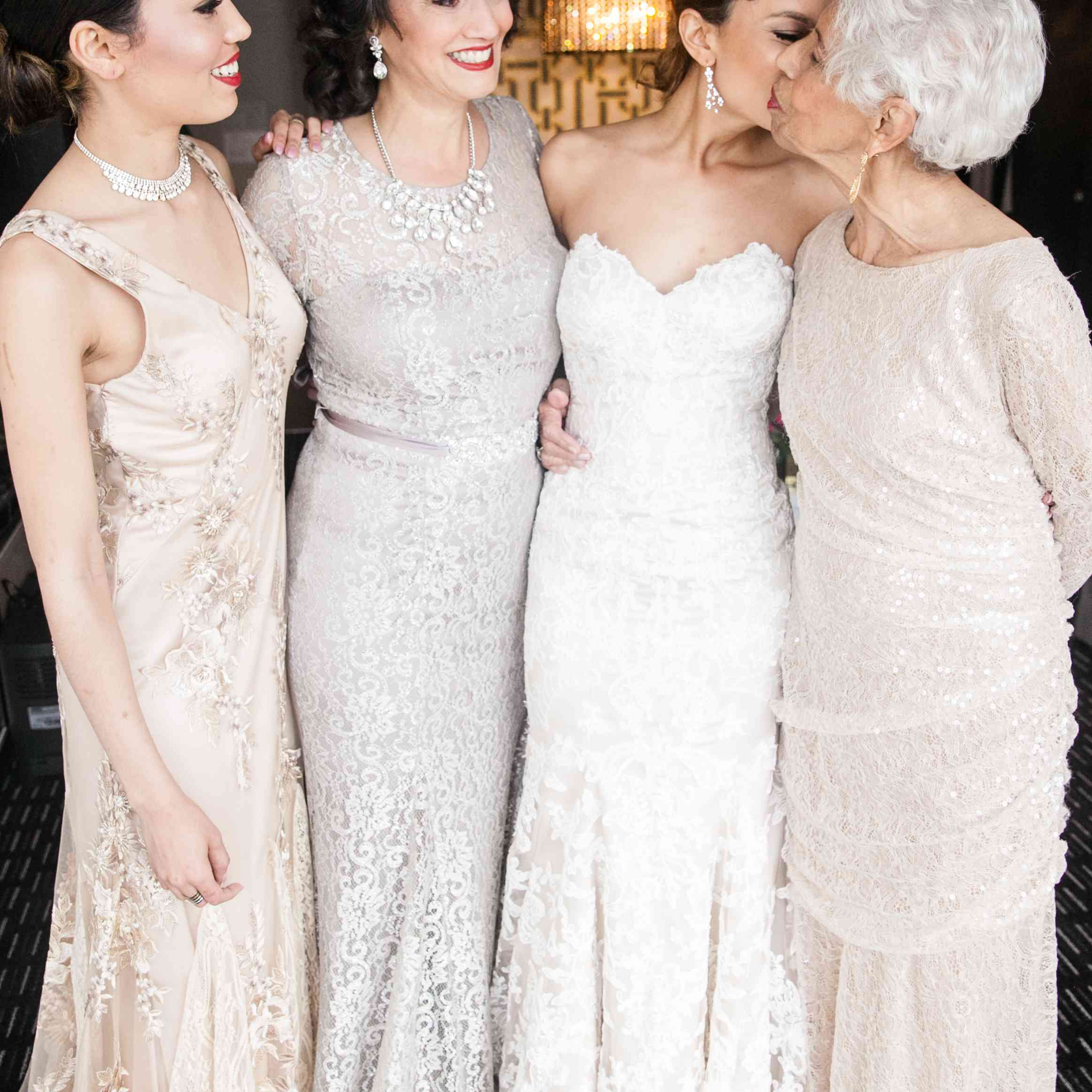 <p>Bride with Women Family Members</p><br><br>
