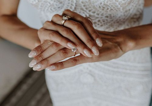 Bride with polka dot manicure